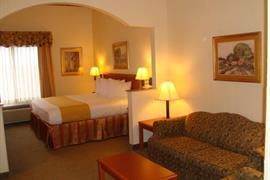 44533_001_Guestroom
