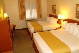 44533_005_Guestroom