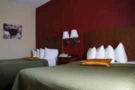 36128_001_Guestroom