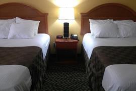 01066_001_Guestroom