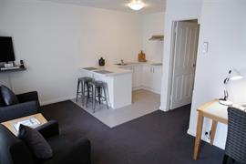97350_003_Guestroom