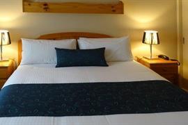 97350_004_Guestroom