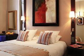 93203_004_Guestroom