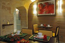 93203_007_Restaurant