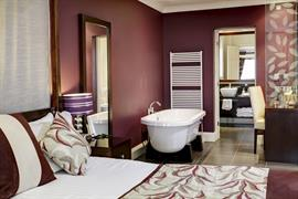 forest-and-vale-hotel-bedrooms-10-83691
