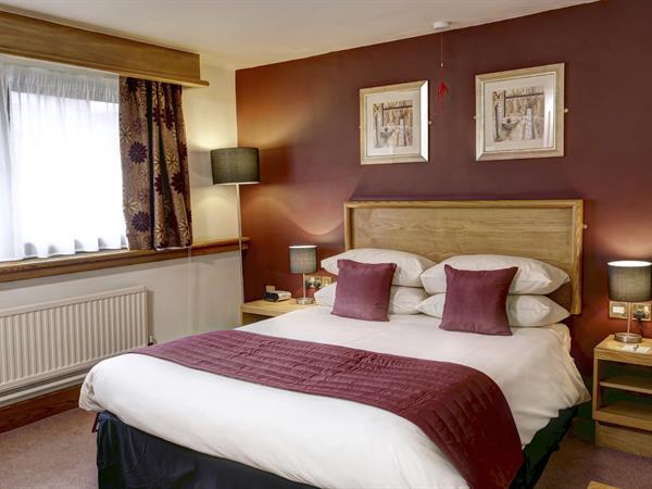 forest-hills-hotel-bedrooms-72-83935