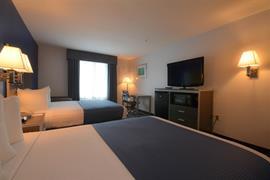 44515_005_Guestroom