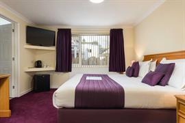 restormel-lodge-hotel-bedrooms-94-83742