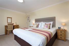 restormel-lodge-hotel-bedrooms-96-83742