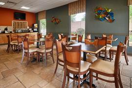 43070_005_Restaurant