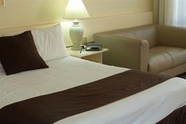 97152_003_Guestroom