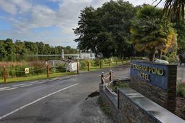 frensham-pond-hotel-grounds-and-hotel-20-83620