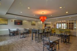 44515_005_Restaurant