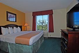 44515_007_Guestroom