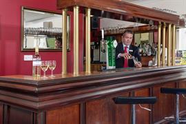 garden-court-hotel-dining-06-83991