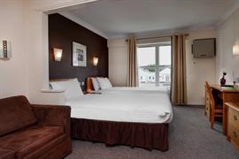garden-court-hotel-bedrooms-21-83991