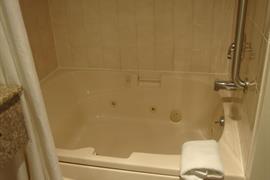 31048_005_Guestroom