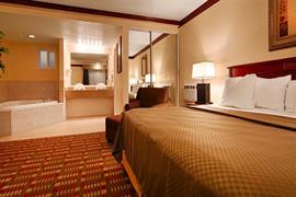 38092_007_Guestroom