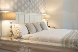 george-hotel-bedrooms-33-83651