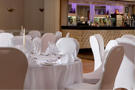 glendower-promenade-hotel-wedding-events-15-83699
