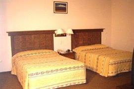 70160_006_Guestroom