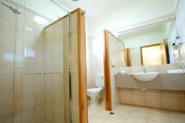 90372_003_Guestroom
