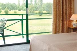 93649_003_Guestroom