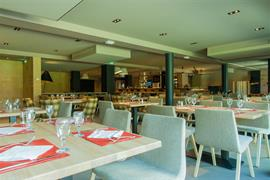 93566_006_Restaurant