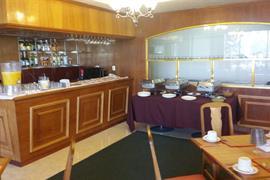 70255_004_Restaurant