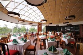 70255_005_Restaurant