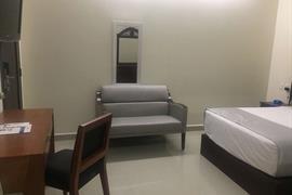 70177_004_Guestroom