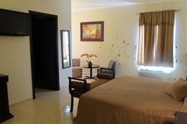 70177_007_Guestroom