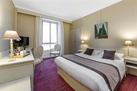 93013_004_Guestroom