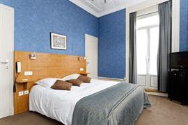 93215_003_Guestroom