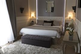 93032_000_Guestroom