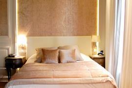 93032_002_Guestroom