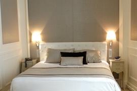 93032_005_Guestroom