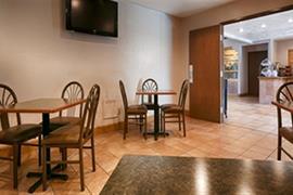 06153_007_Restaurant