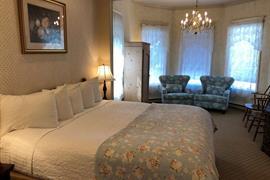 02012_018_Guestroom