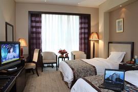 78641_003_Guestroom