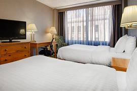 14120_002_Guestroom