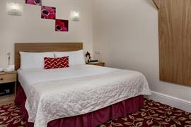 greater-london-hotel-bedrooms-16-83970