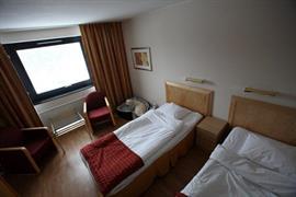 88139_004_Guestroom