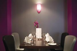 feathers-hotel-dining-04-83930