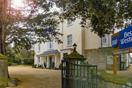 henbury-lodge-hotel-grounds-and-hotel-48-83915