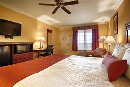 05560_003_Guestroom