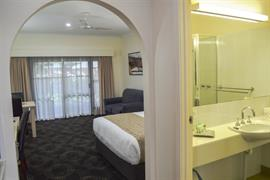 97158_003_Guestroom