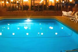 66060_002_Pool