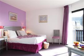 93462_004_Guestroom