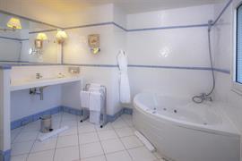 93462_005_Guestroom